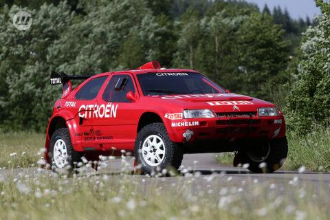 La voiture des 3 champions du Monde Citroen ZX Rallye-Raid Evo2 voies larges